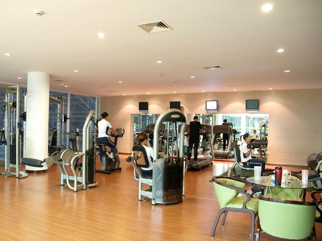 New Century Hotel Pudong Shanghai - Shanghai - Gym