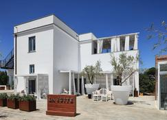 La Suite Boutique Hotel - Procida - Edificio