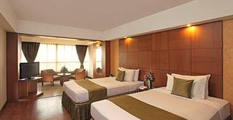 Hotel Aurora Towers - Pune - Bedroom