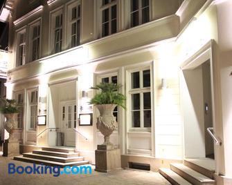 König`s Hotel am Schlosspark - Rheda-Wiedenbrück - Gebouw