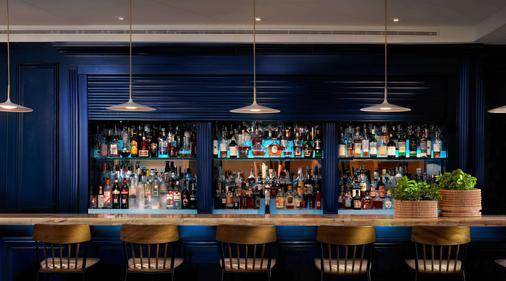 LaPlaya Beach & Golf Resort - A Noble House Resort - Naples - Bar