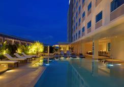 Park Inn By Radisson Davao - Davao City - Pool