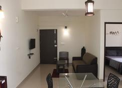 Tranquil Serviced Apartments - Bengaluru - Building