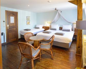 Hotel de la Poste - Relais Napoléon III - Bouillon - Bedroom