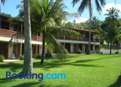 Bitingui Praia Hotel - Japaratinga - Building