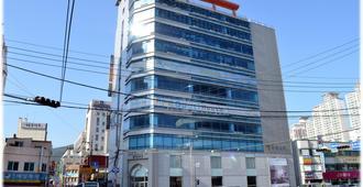 Popcorn Hostel Haeundae - Μπουσάν - Κτίριο
