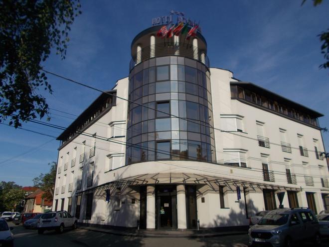 Hotel Reghina - Timișoara - Rakennus