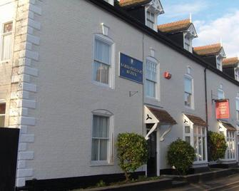 OYO Lord Nelson Hotel - Telford - Building