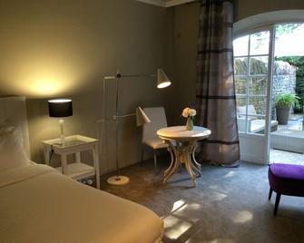 Hostellerie Le Roy Soleil - Menerbes