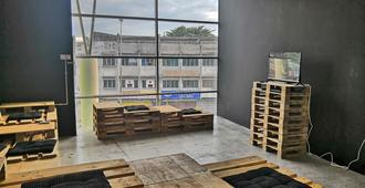 Bbbs Loft - Hostel - Ipoh - Lobby