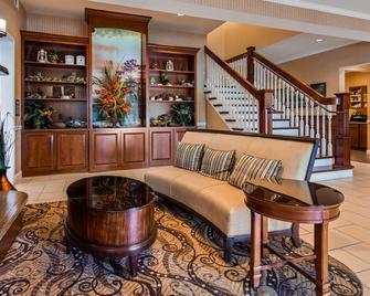 Best Western Plus Easton Inn & Suites - Easton - Лоббі
