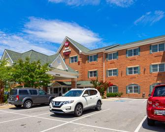 Best Western Plus Easton Inn & Suites - Easton - Building