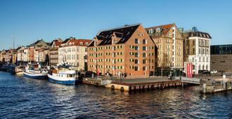 71 Nyhavn Hotel - Copenhagen - Outdoors view