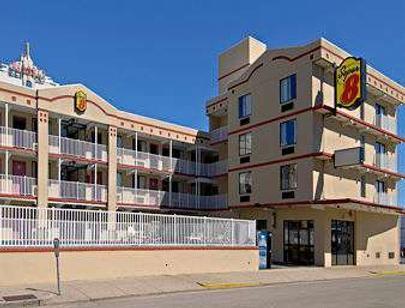 Super 8 by Wyndham Atlantic City - Atlantic City - Rakennus