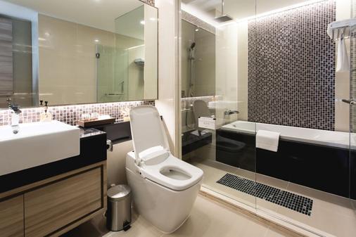 Adelphi Forty-Nine - Bangkok - Bathroom