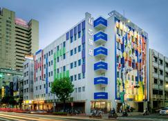 ليجند هوتل بيير 2 - مدينة كاوهسيونغ - مبنى