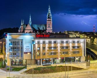 Qubus Hotel Kielce - Kielce - Gebouw