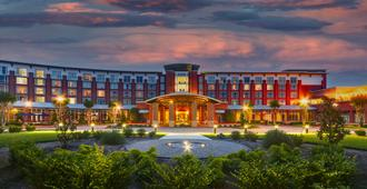 The Chattanoogan Hotel, Curio Collection by Hilton - Chattanooga - Building