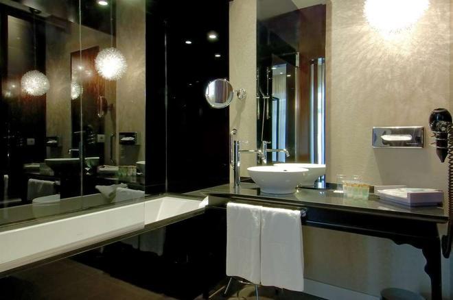 韋奇皇宮酒店 - 瓦倫西亞 - 瓦倫西亞 - 浴室