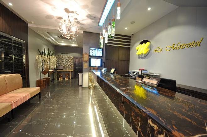 Le Metrotel - Ipoh - Front desk