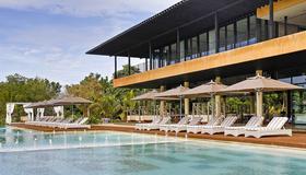 阿莫里塔度假村 - 邦勞 - 游泳池