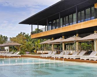 Amorita Resort - Panglao - Pool