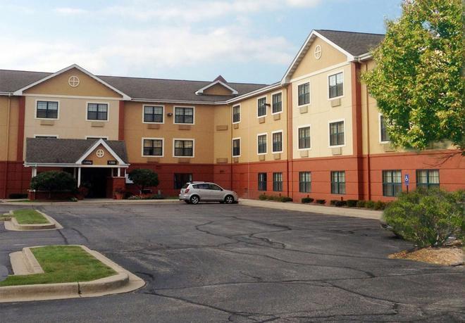 美國 30 號公路梅里爾維爾美國長住酒店 - 美里爾維爾 - 梅麗爾維爾 - 建築