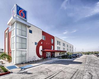 Motel 6 Weslaco, TX - Уэслако - Здание
