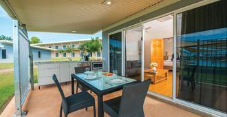Club Tropical Resort Darwin - Darwin - Balcón