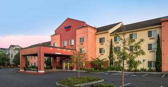 Fairfield Inn & Suites by Marriott Portland North - Portland - Building