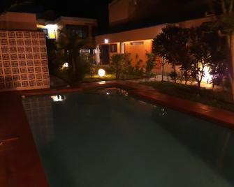Acacia Guest House - Maputo - Pool