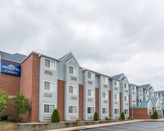 Microtel Inn & Suites by Wyndham Georgetown - Джорджтаун - Building