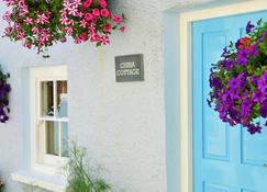 China Cottage - Tenby - Outdoors view