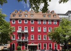 Top Hotel Amberger - Wurzburgo - Edificio