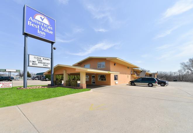 Americas Best Value Inn Ponca City - Ponca City - Edificio