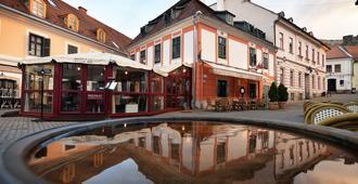 Hotel Senator-Haz Eger - Eger - Building