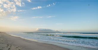 Ocean Shores - קייפ טאון - חוף