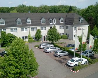 Nordwest-Hotel Bad Zwischenahn - Bad Zwischenahn - Building