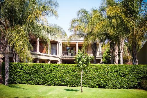 Silver Palms Guest House - Pretoria