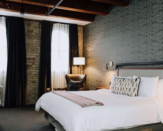 Hewing Hotel - Minneapolis - Bedroom