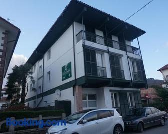 Hotel Elizondo - Elizondo - Building