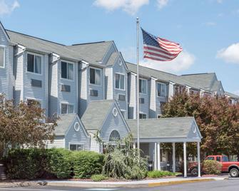 Knights Inn & Suites Allentown - Allentown - Gebouw