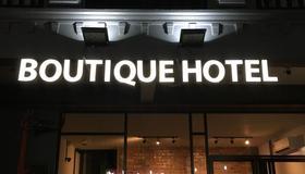 Suite 18 Boutique Hotel - Hostel - Kuala Terengganu - Building