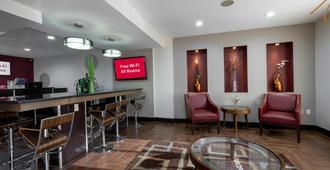 Red Roof Inn Raleigh - Crabtree Valley - ראליי - טרקלין