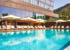 Radisson Blu Iveria Hotel, Tbilisi City Centre - Tiflis - Pileta