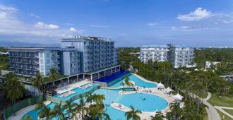 Solea Mactan Resort - Ciudad de Cebú