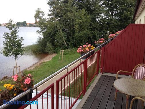 Seehotel Weit Meer - Waren - Balcony