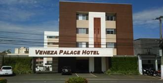Veneza Palace Hotel - Cuiabá