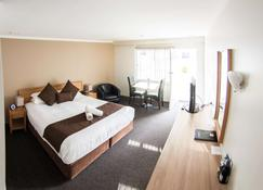 Hospitality Esperance, SureStay Collection by Best Western - Esperance - Bedroom