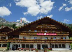 Berghotel Alpenrast - Riva di Tures - Edificio
